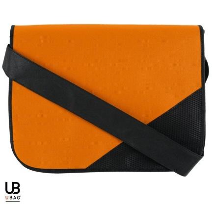 Τσάντα ώμου Non woven, με θήκη για έγγραφα και μολύβια. L-OSLO