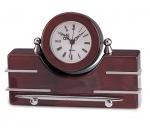 Επιτραπέζιο Ξύλινο ρολόι με στυλό. 8067-Τ
